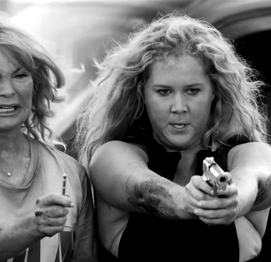 Snatched-Amy-Schumer-Goldie-Hawn-Trailer-ADR-23-blackwhite